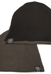 REVERSIBLE BEANIE HAT Image